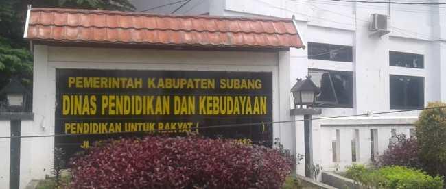 Kantor Dinas Pendidikan dan Kebudayaan Kabupaten Subang (KM STOCK)
