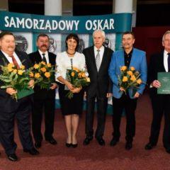 Wójt Gminy Stoczek zadedykował przyznane mu wyróżnienie im. Grzegorza Palki  śp. Marianowi Dzięciołowi