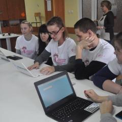 Laboratorium Bezpiecznego Internetu T-Mobile w szkole w Pułtusku