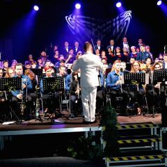 Koncert świąteczny Młodzieżowej Orkiestry Dętej & Chóru Miejskiego LUX MEA
