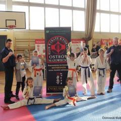 Najmłodsi karatecy wywalczyli 9 medali w Michałowicach