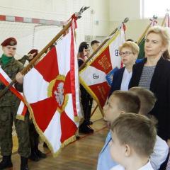 Społeczność Szkoły w Starych Załubicach uczciła 77. rocznicę utworzenia Armii Krajowej