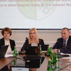 Oświata i szpital najważniejszymi punktami sesji Rady Powiatu Ostrowskiego