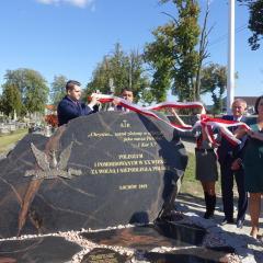 Odsłonięcie pomnika Poległym i Pomordowanym