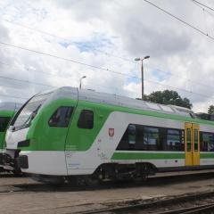 Koleje Mazowieckie odebrały kolejne pojazdy FLIRT