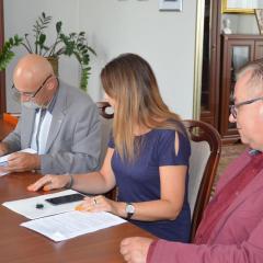 Podpisano umowę na budowę ciągu pieszo- rowerowego w ciągu drogi powiatowej nr 2653W Kańkowo – Zawisty Podleśne – Małkinia Górna