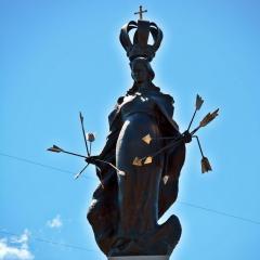 Statua Matki Bożej Łaskawej w Radzyminie odsłonięta! – To dar serc Polaków za opiekę Opatrzności Bożej podczas Bitwy Warszawskiej