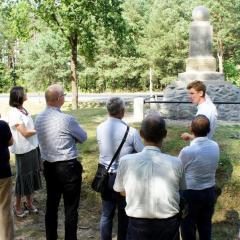 Pomnik Strzelców Kaniowskich w Wólce Radzymińskiej odzyskał dawną świetność! – oficjalne odsłonięcie już w najbliższy piątek, 14 sierpnia