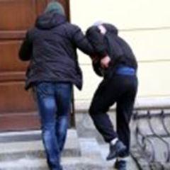Tymczasowy areszt dla obywateli Gruzji za usiłowanie włamania do biletomatu