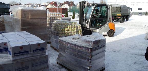 Żołnierze dostarczyli 22 tony żywności dla mieszkańców Ostrołęki i gminy Zaręby Kościelne