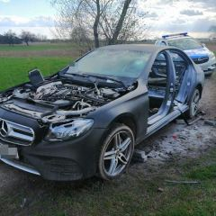 Policjanci odzyskali skradzionego mercedesa o wartości 170 tys. złotych