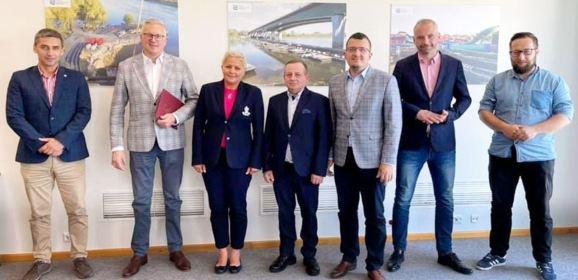 Starosta i samorządowcy na rozmowach z Wodami Polskimi