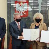 Podpisanie umów z dofinansowaniem na inwestycje drogowe