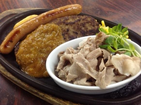 米沢牛脂入りハンバーグ&米沢豚しゃぶ&米沢牛入りソーセージ 1500円:税別