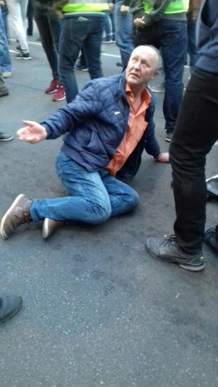 (ФОТО) САВЕЗ ЗА НАСИЛНУ СРБИЈУ! Протести измакли контроли, насиље ескалирало, има повређених! 1