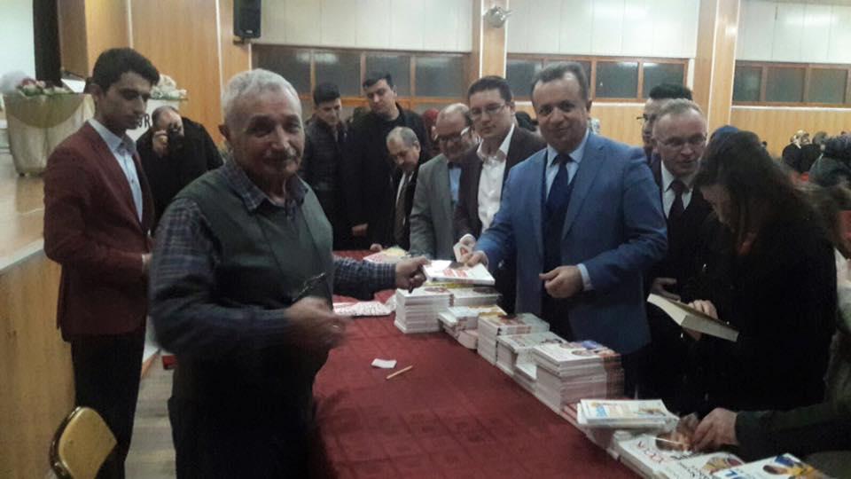 Pedagog Yazar Ali Çankırılı İlçemizde Seminer Düzenlemiştir