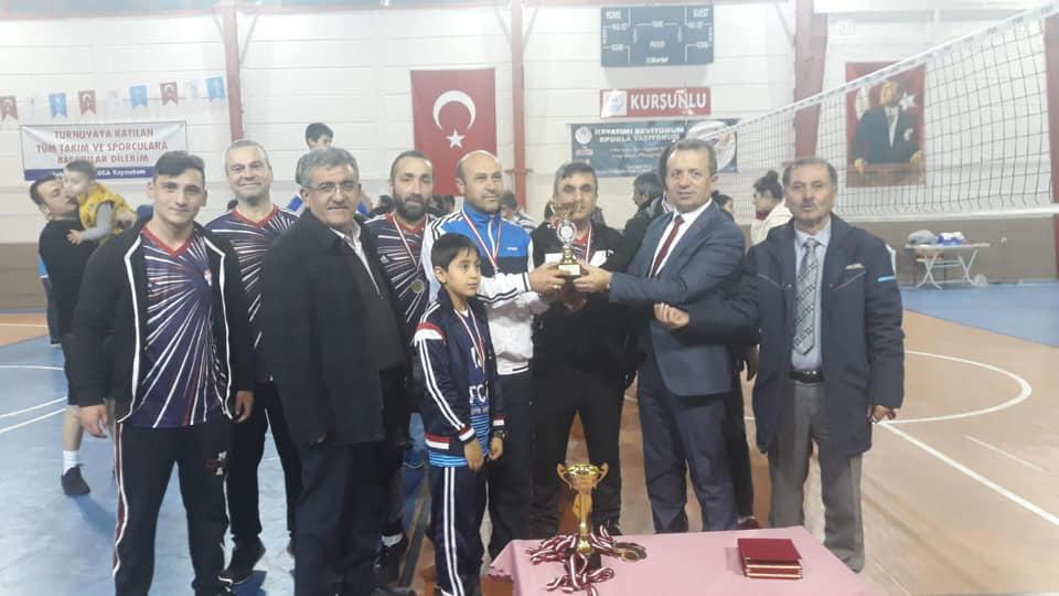 Kurşunlu Belediyesi Kış Voleybol Turnuvası Sona Erdi