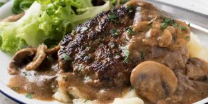 Skinny Salisbury Steak With Mushroom Gravy Recipe