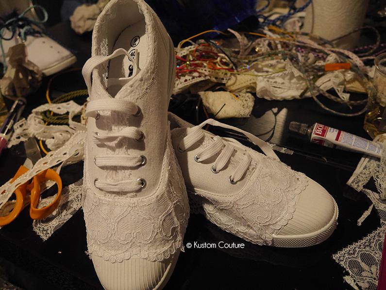Atelier DIY Mondial Tissus | Customisation de baskets basiques | Kustom Coouture