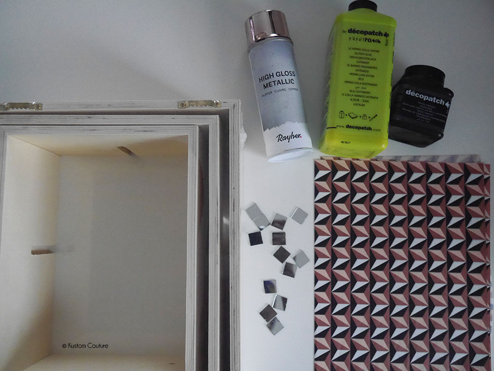 Customiser des étagères en bois avec du décopatch | Kustom Couture