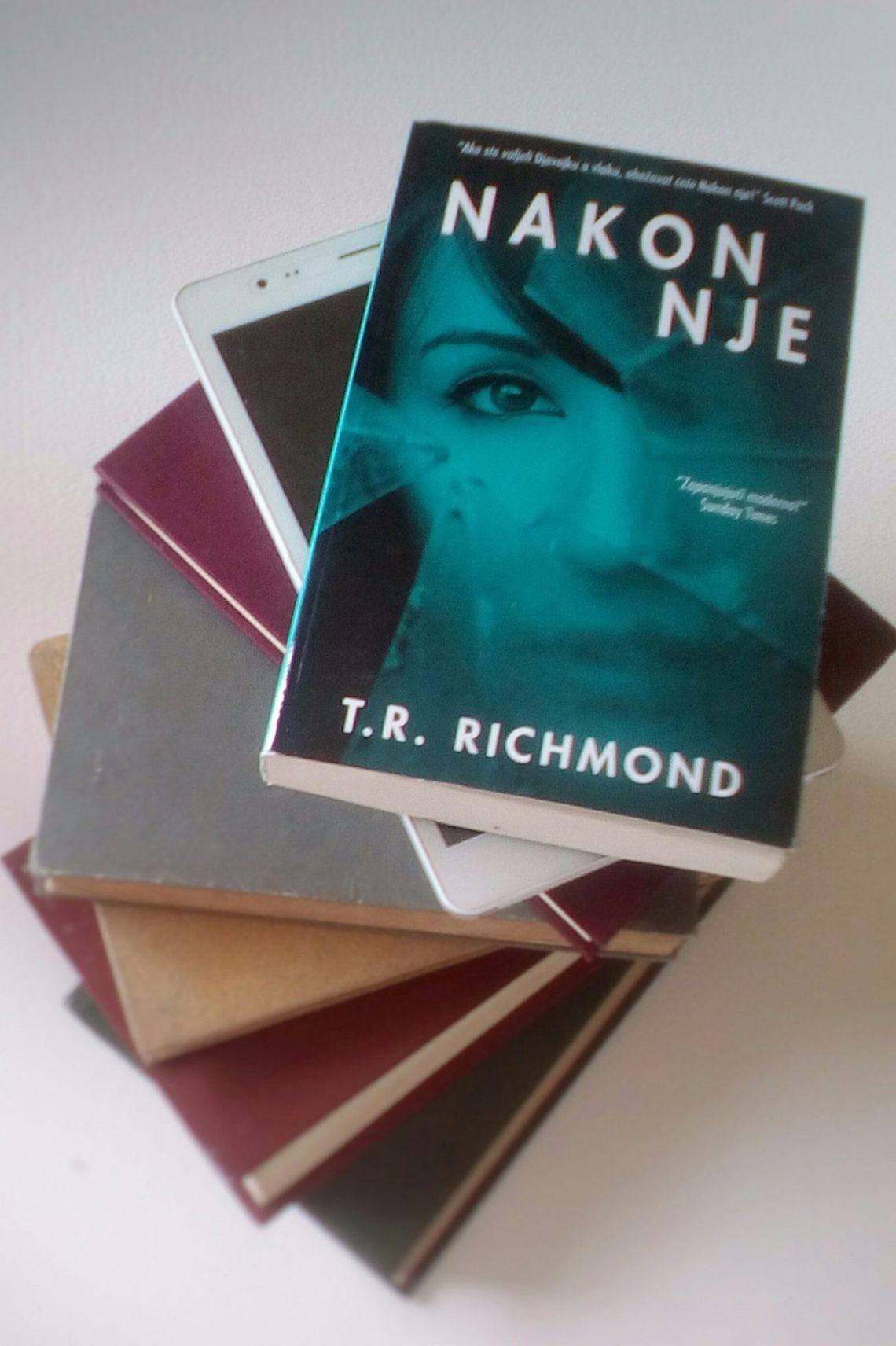 Nakon nje T.R. Richmond naslovnica