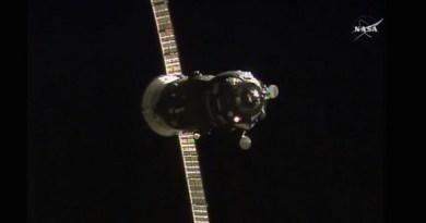 Progress-60 nadert het ISS