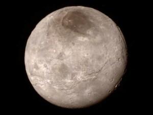 Charon, de grootste maan van Pluto