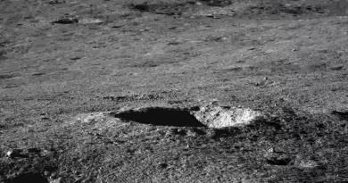 Yutu2 fotografeert de verre zijde van de Maan