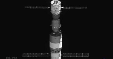 Shenzhou-11 gekoppeld aan Tiangong-2