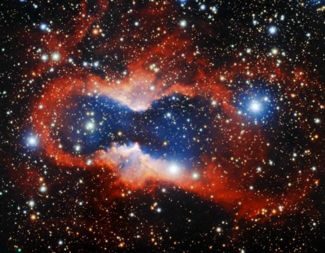 De planetaire nevel CVMP 1 in het sterrenbeeld Circinus - Passer