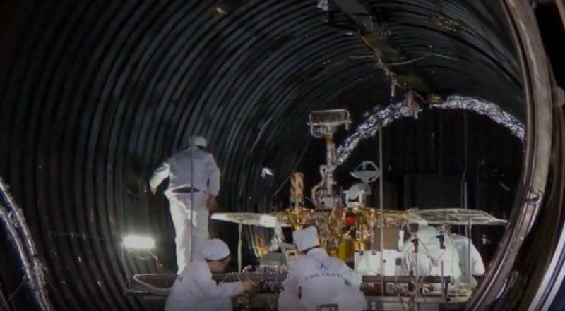 Tainwen-1 wordt getest in een vacuumkamer