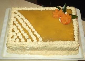 Torta jafa sa šlagom i čokoladom