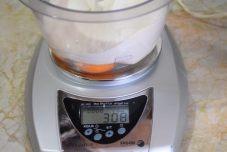 1 veliko jaje - 100 gr brašna