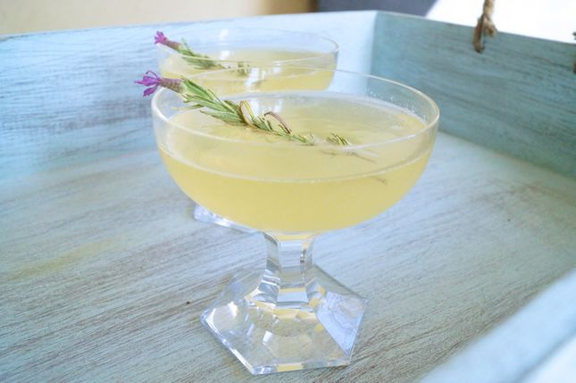 Lemon Lavender Cocktail