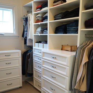 Walk-In Closet Perfection