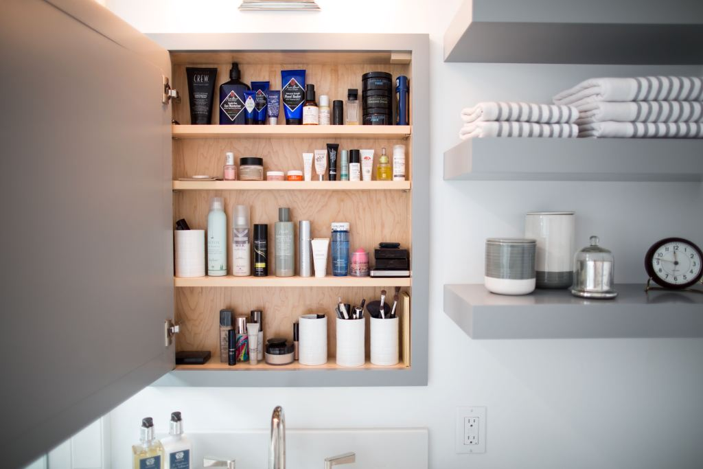 Minimalist beauty from Professional Organizer Kuzak's Closet