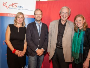Ein wundervoller Abend mit Wiener Liedern (Duo Hohenberger) und Anekdoten und Geschichten aus Wien mit Katharina Trost (Fotos: Reza Sarkari).