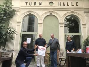"""Der Kulturverein Rudolfsheim bedankt sich für das beindruckende und bewegende Programm """"Jid, du Partisaner"""" vom Martin Auer. Lieder vom Widerstand gegen die Faschisten und Lieder der jüdischen ArbeiterInnenbewegung (Foto: zVg)."""