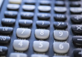 Calculator Mathematics Computation  - A1_Moments_AU / Pixabay