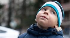 Boy Look Face Winter Clothes  - DimStock / Pixabay