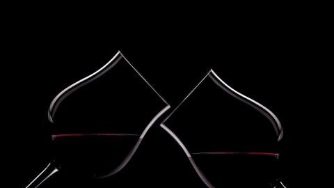 Drinks Glasses Toast Cheers Wine  - Briam-Cute / Pixabay