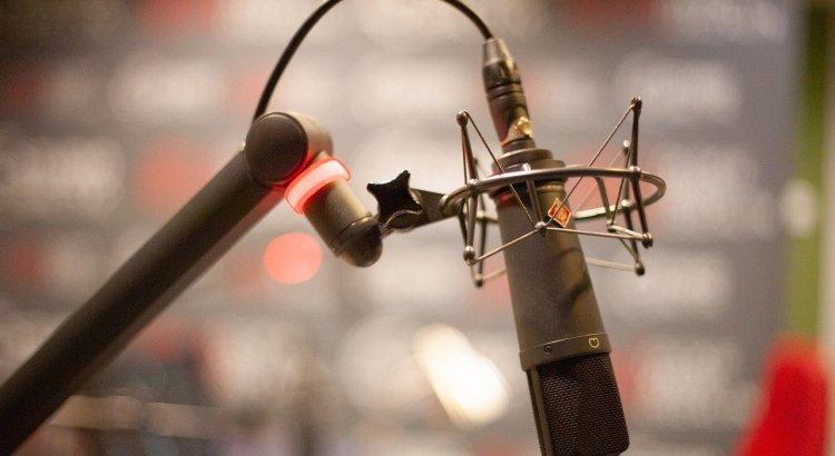 Microphone Radio Mic Studio Audio  - AndrzejRembowski / Pixabay