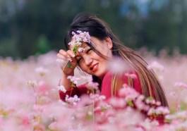 Woman Flowers Field Model Asian  - jhoyslife / Pixabay