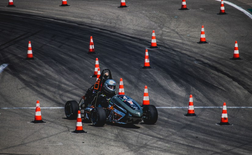 Hanze Racing Division: Wireless communication and logging in Formula Student competition