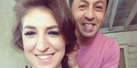 Mayim-Bialik-getting-hair-done-for-emmys-2014