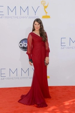 mayim-emmys-2012-gown