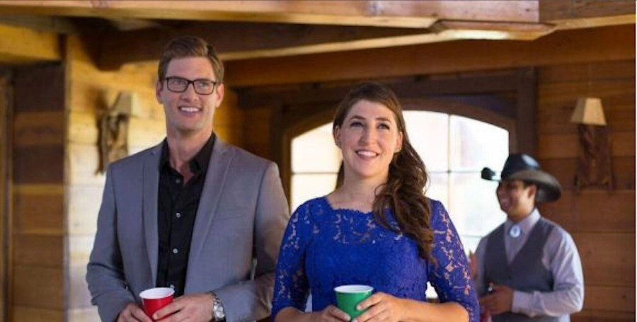 Mayim Bialik: I'm the Lead Actress in a Christmas Movie & It's ...