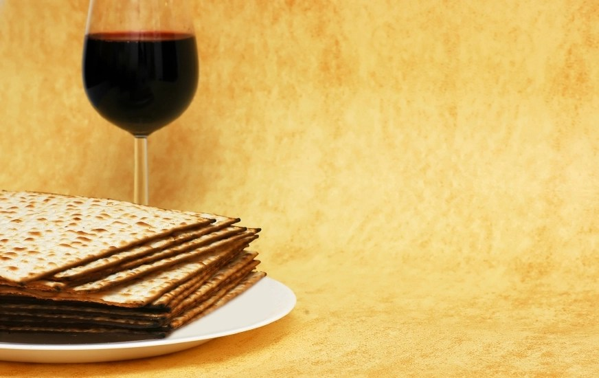 Matzot-and-red-wine-symbols-of-Passover-000007094502_Small