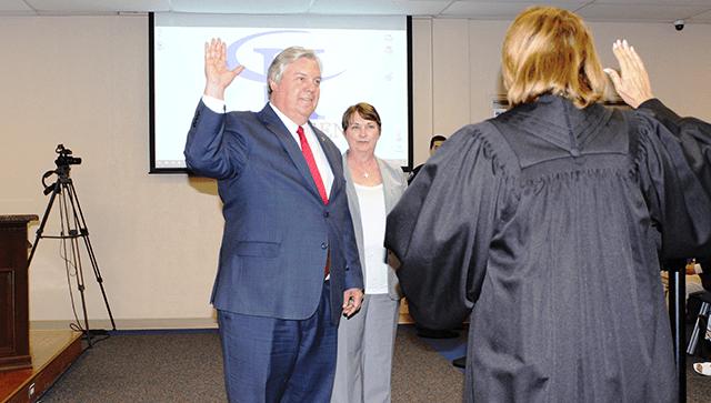 mayor sworn in_1558058748264.png.jpg