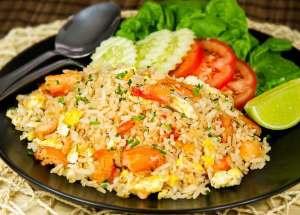 Arroz frito cangrejo, arroz frito, cocina tailandesa